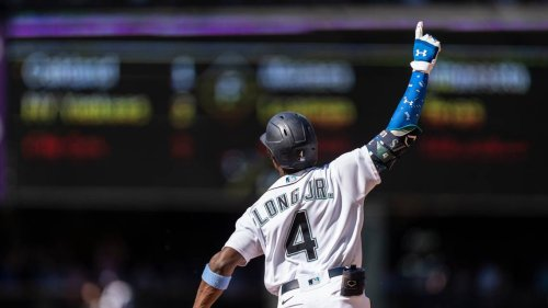 Long grand slam in 10th, Mariners sweep Rays in 4-game set