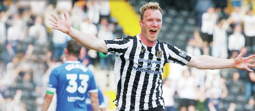 Notts County 3-2 Chesterfield: Ellis charges in to shatter Spireites