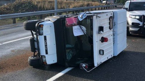 WA state troopers pursue woman in golf cart near Kent