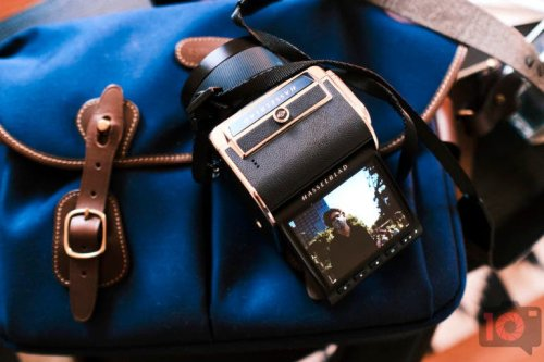 Can We Regain The Lost Romance of a Camera's Shutter Sound?