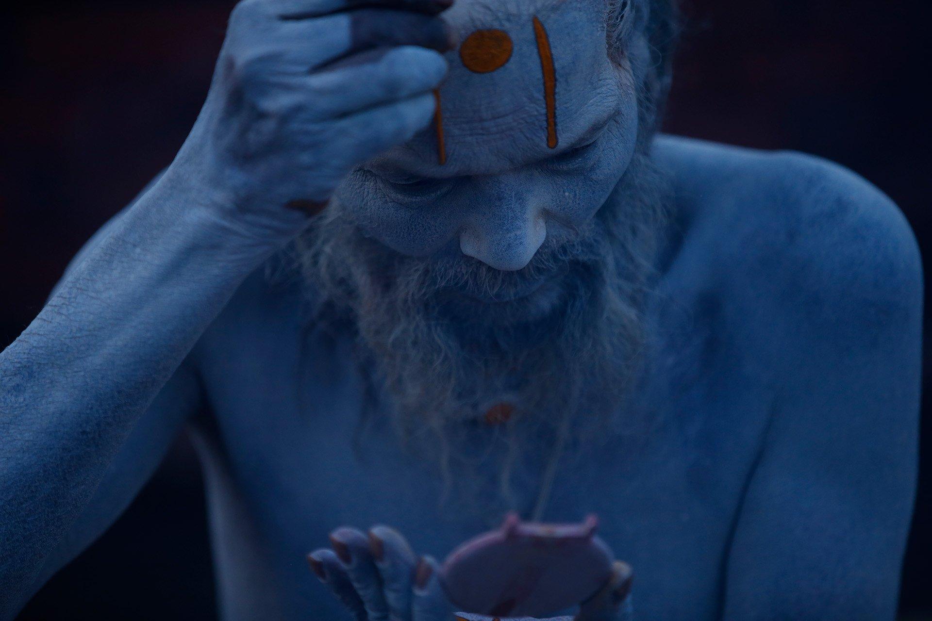 Skanda Gautam Showcases the Colors of Maha Shivaratri Festival