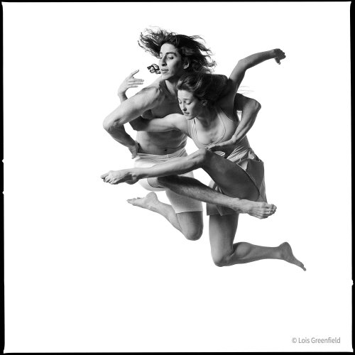 Better Than a Leap of Faith: Lois Greenfield Shares Her Tips for Capturing Dancers in Flight - The Phoblographer