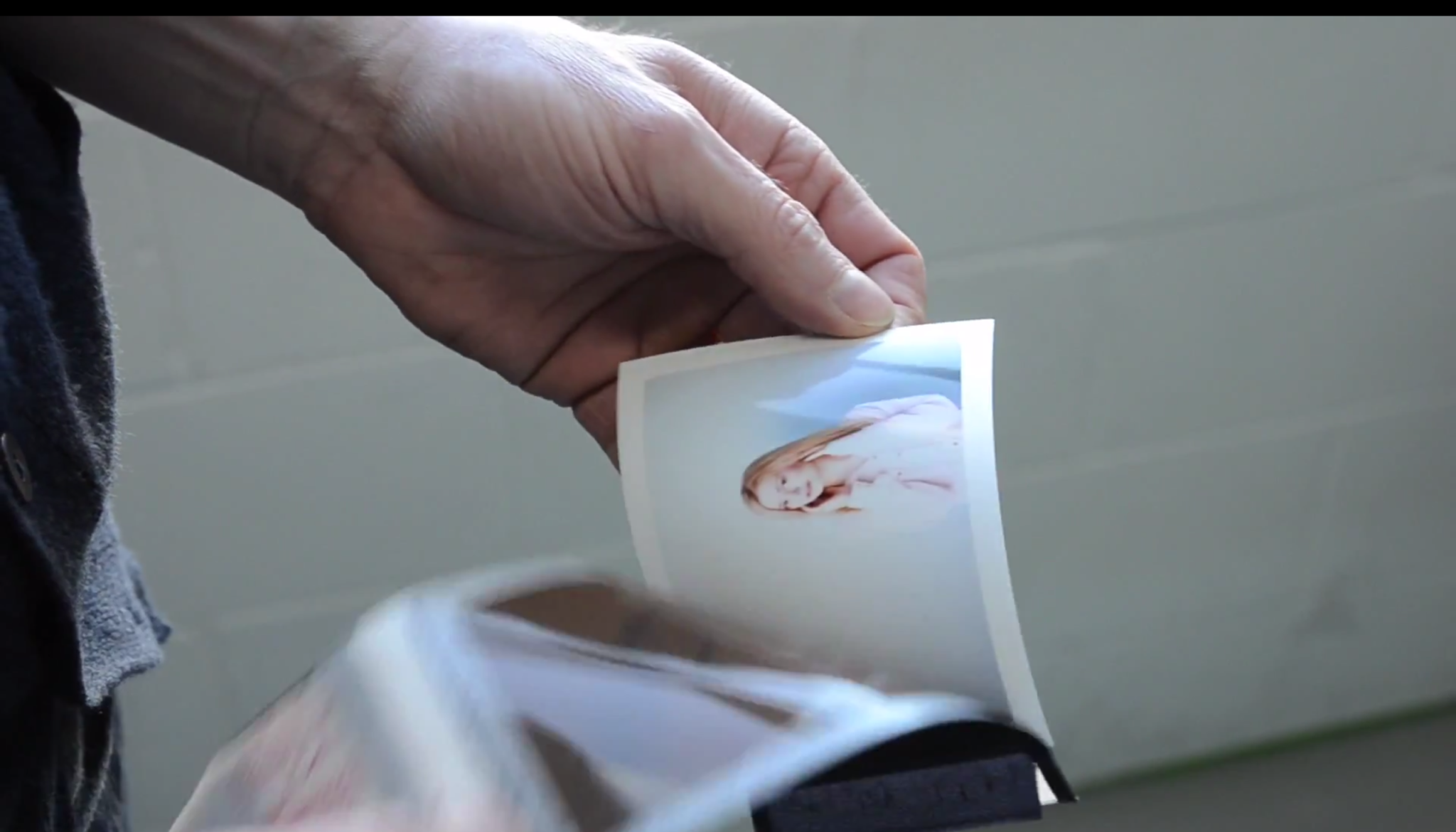 Watch a Polaroid Camera Modified for 4x5 Shoot Instant Film - The Phoblographer