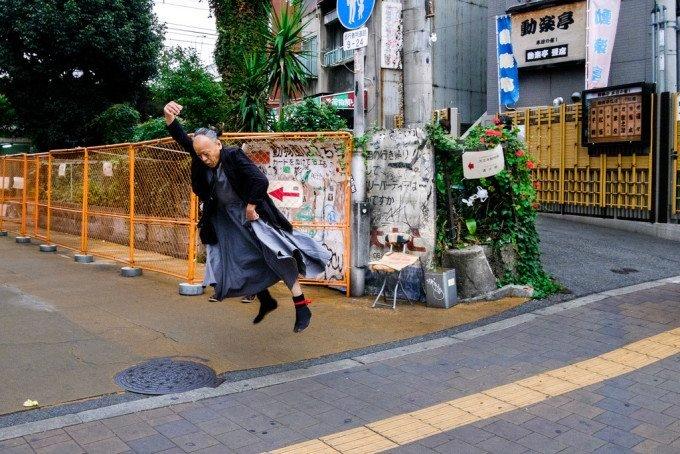 Dan Szpara Photographs Weird Moments in Japan's Streets