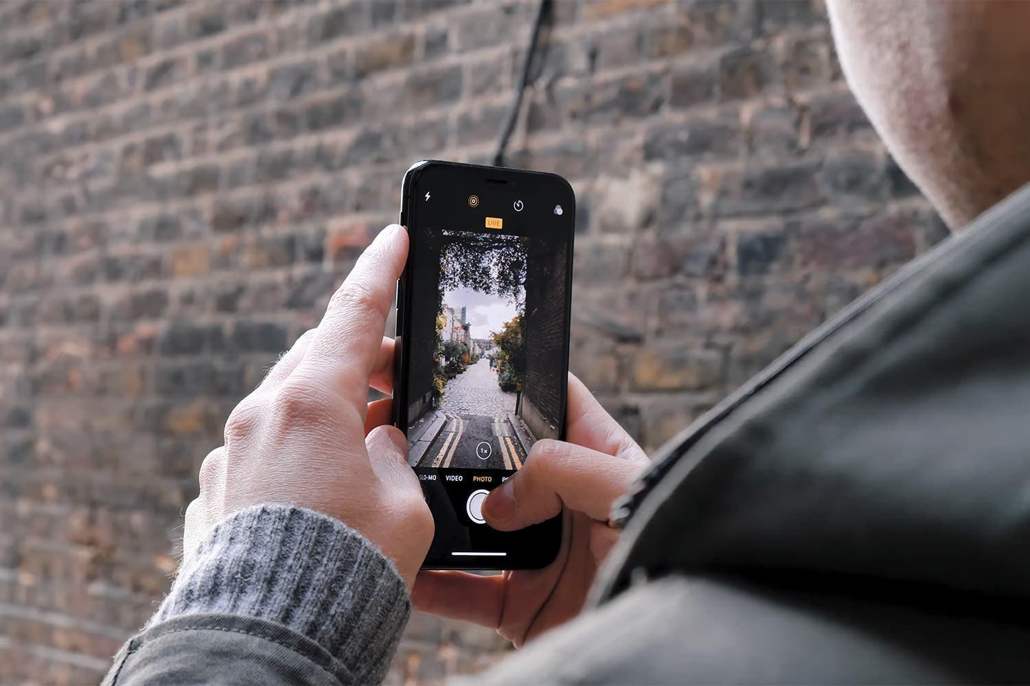 Phone Cameras Are Great, But Most Traditional Cameras Are Here to Stay