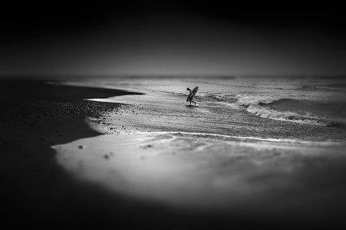 Hengki Koentjoro Haunting Black and White Photos of a Bali Beach