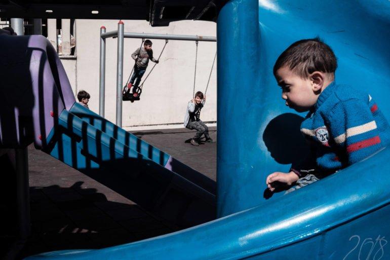 Ilker Karaman's Street Photography Uses Depth in a Refreshing Way