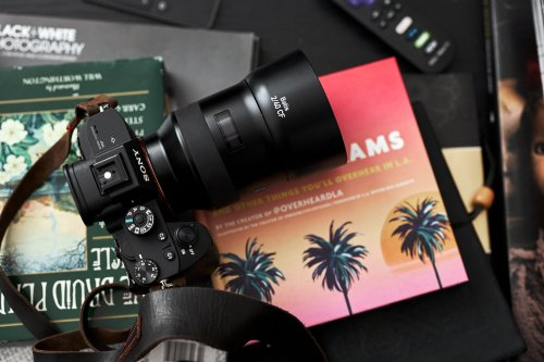 Review: Zeiss 40mm f2 Batis (A Lens for Sony FE Photojournalists)