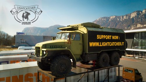 Kurt Moser Transforms a URAL 375 Truck Into a Camera and Darkroom