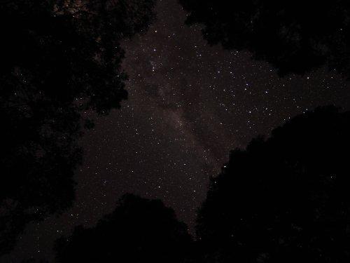 Timothy Ozimec Shot Beautiful Milky Way Photos with Sony Xperia 1 II