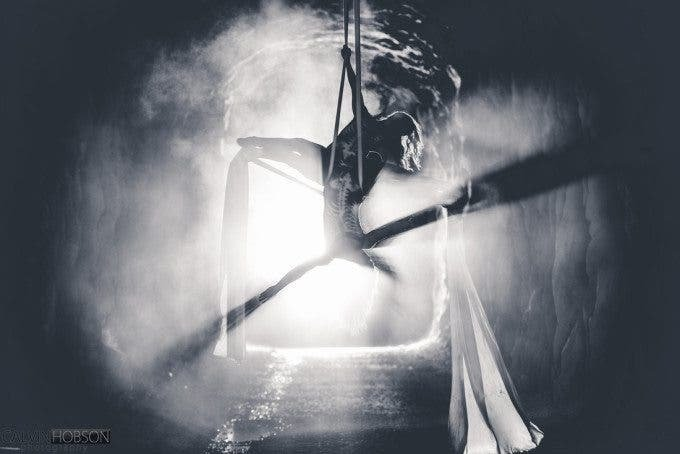 Calvin Hobson's Images of Silk Aerialists