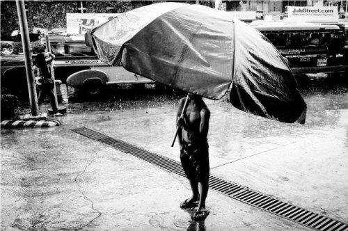 Gian James Maagad: Street Photography in the Rain