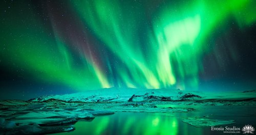 Epic Timelapse of the Northern Lights During the Solar Maximum - The Phoblographer