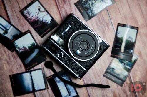 Beauty on the Outside. Fujifilm Instax Mini 40 Review