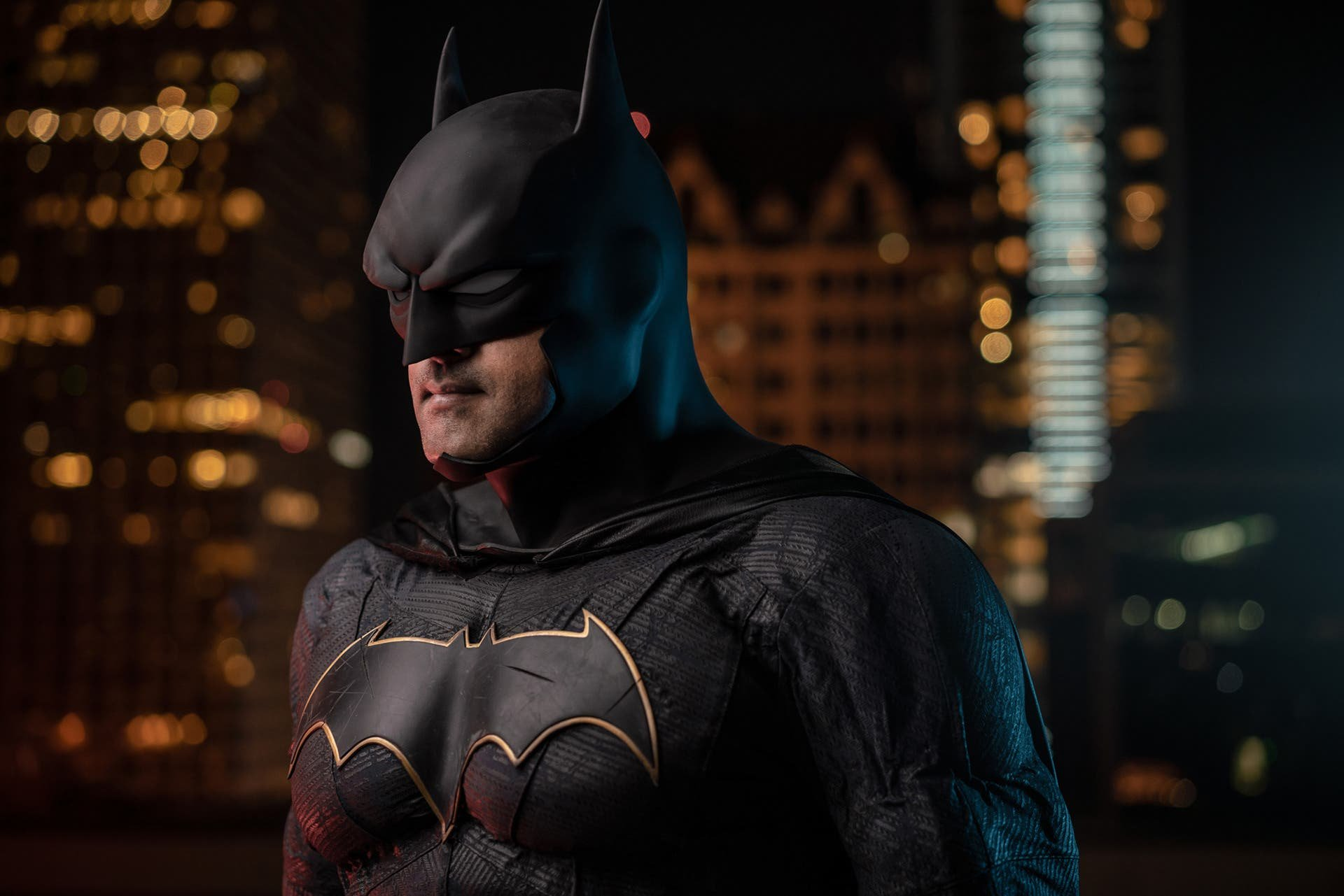 Ilya Nodia Creates a Cinematic Batman Cosplay Shoot With Video Lights