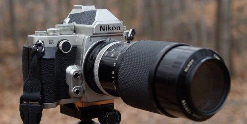 Old But Gold: 4 Digital Cameras You Should Hunt Down and Lust Over
