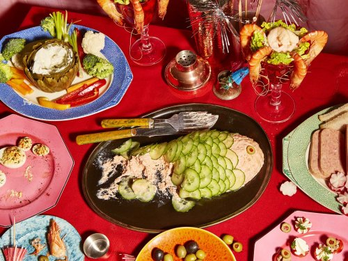 Graceland: Food Photography Inspired by Elvis and Priscilla's Fantasy Wedding Buffet