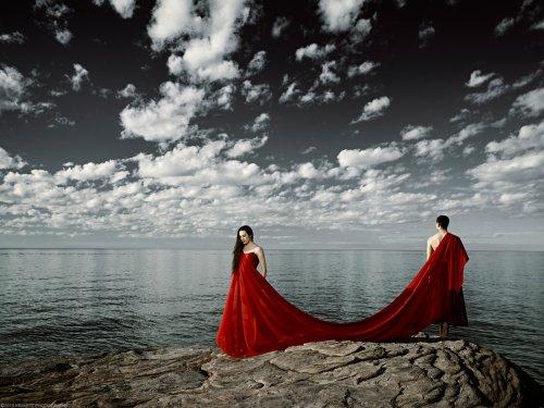 "Check Out Photographer Sasha Onyshchenko's Breathtaking ""Dancers"" Series - The Phoblographer"