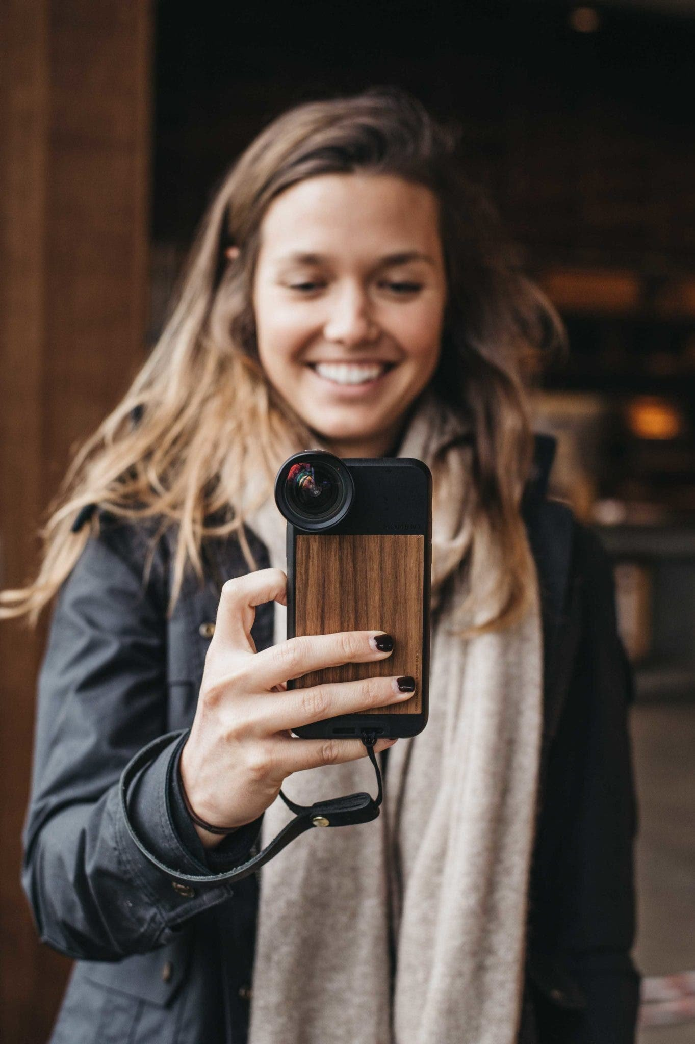 How the Smartphone Won the Consumer Camera War Using Social Media