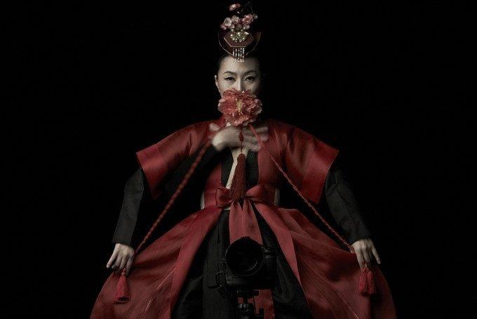 Youngho Kang's 99 Variations Has No Retouching