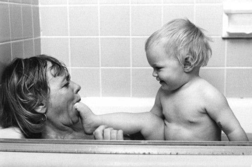 Mothers: Ken Heyman's Poignant and Tender Collection of Images of Motherhood