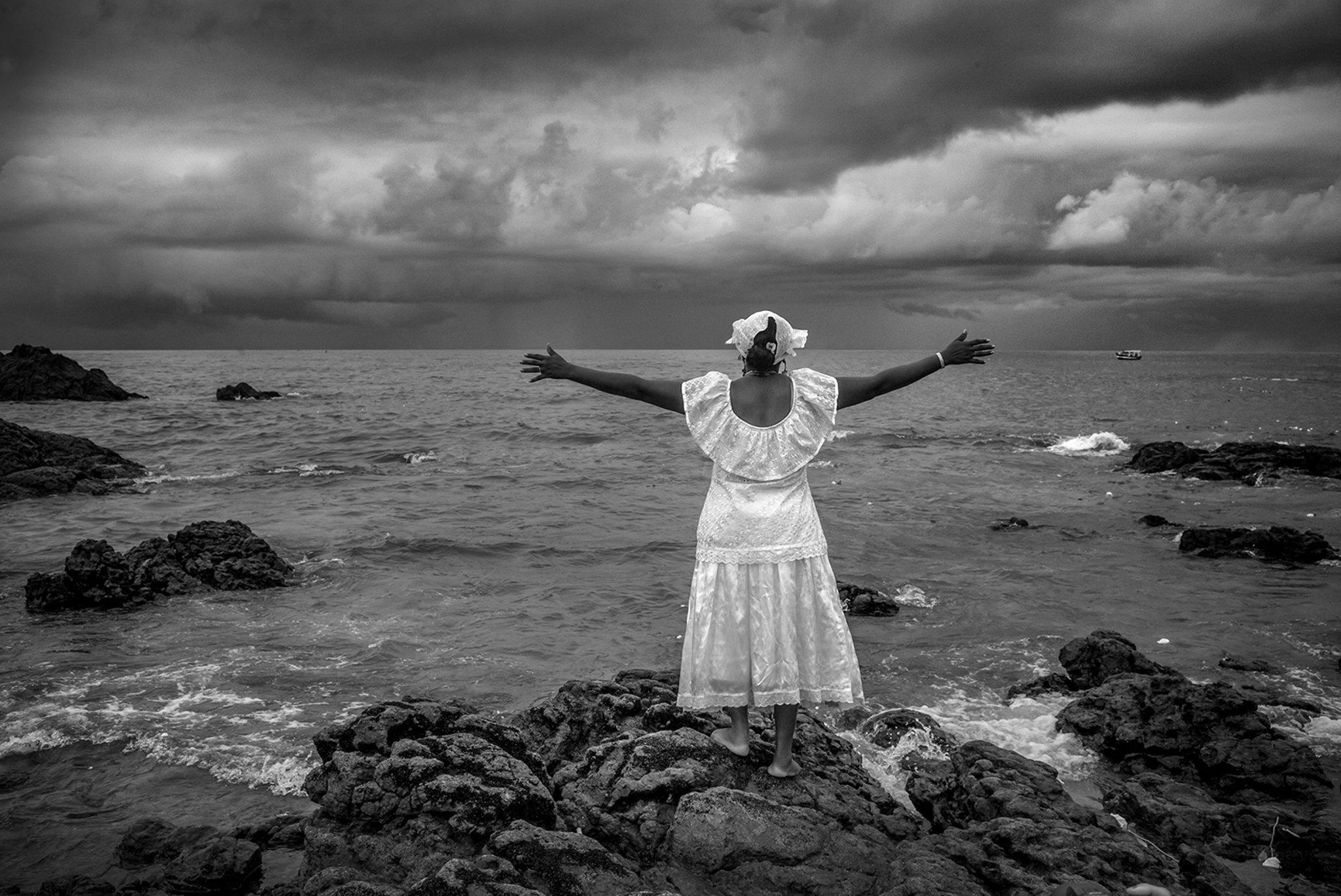 "David Saxe Reveals Brazil's Fascinating Seaside Rituals on ""Yemanja"""