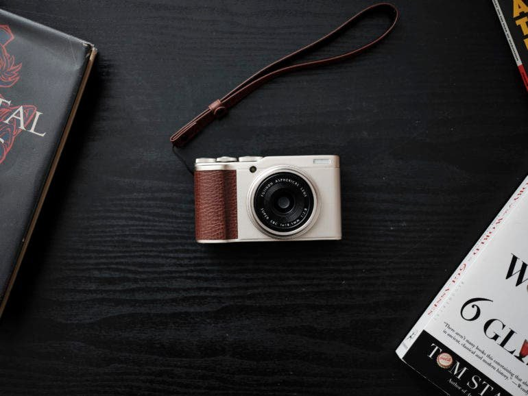 Review: Fujifilm XF10 (A Surprisingly Capable Point and Shoot)