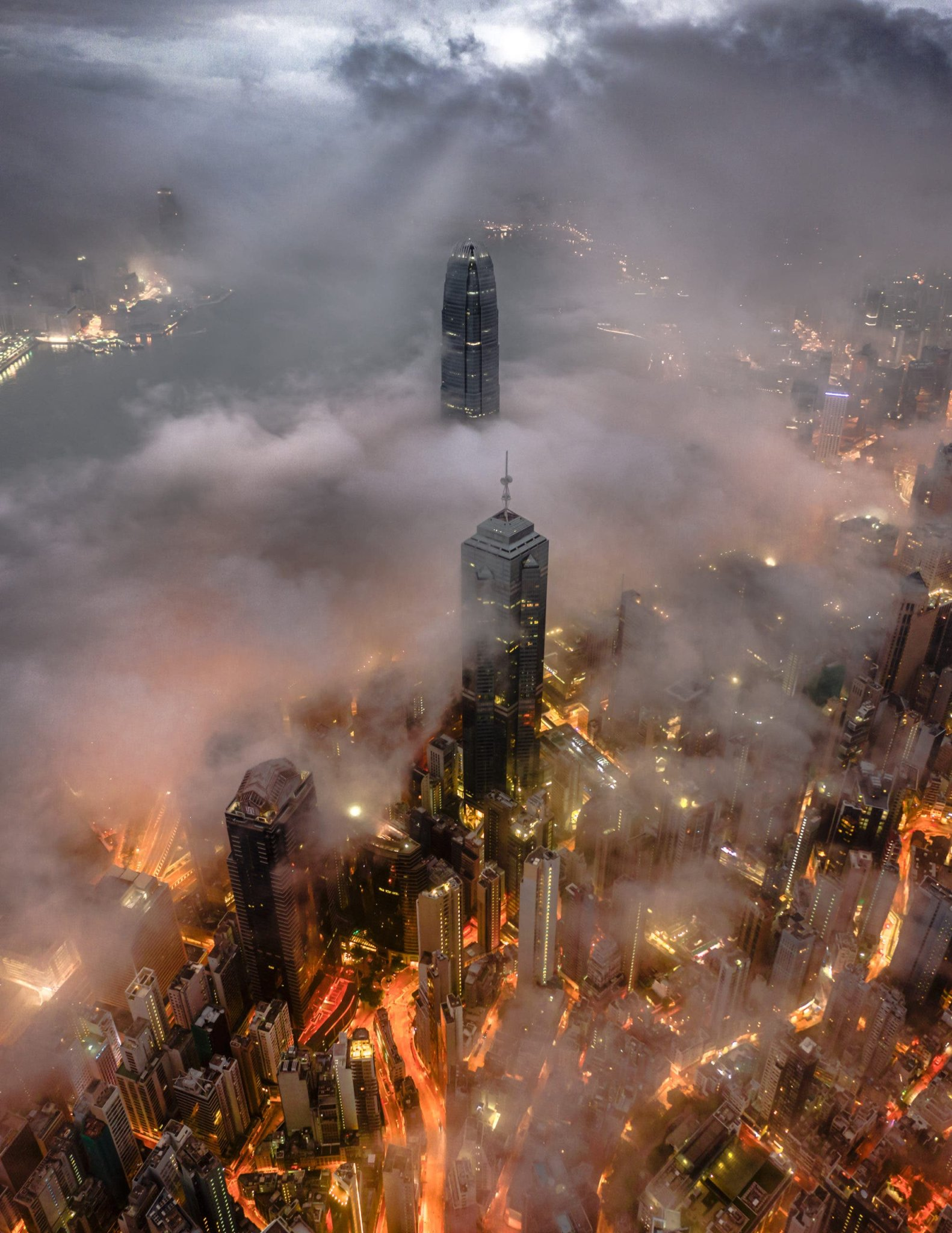 Blair Sugarman: The Magic of Cityscape Photography and Bad Weather
