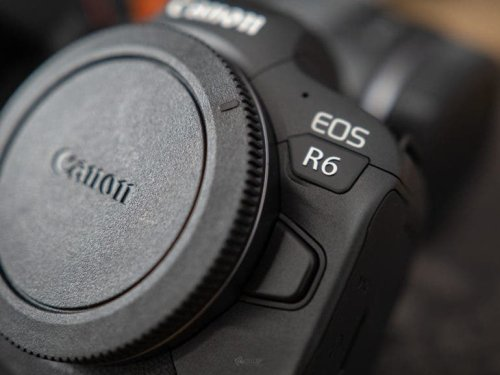 Get a Refurbished Canon Camera at Some of the Best Prices We've Seen