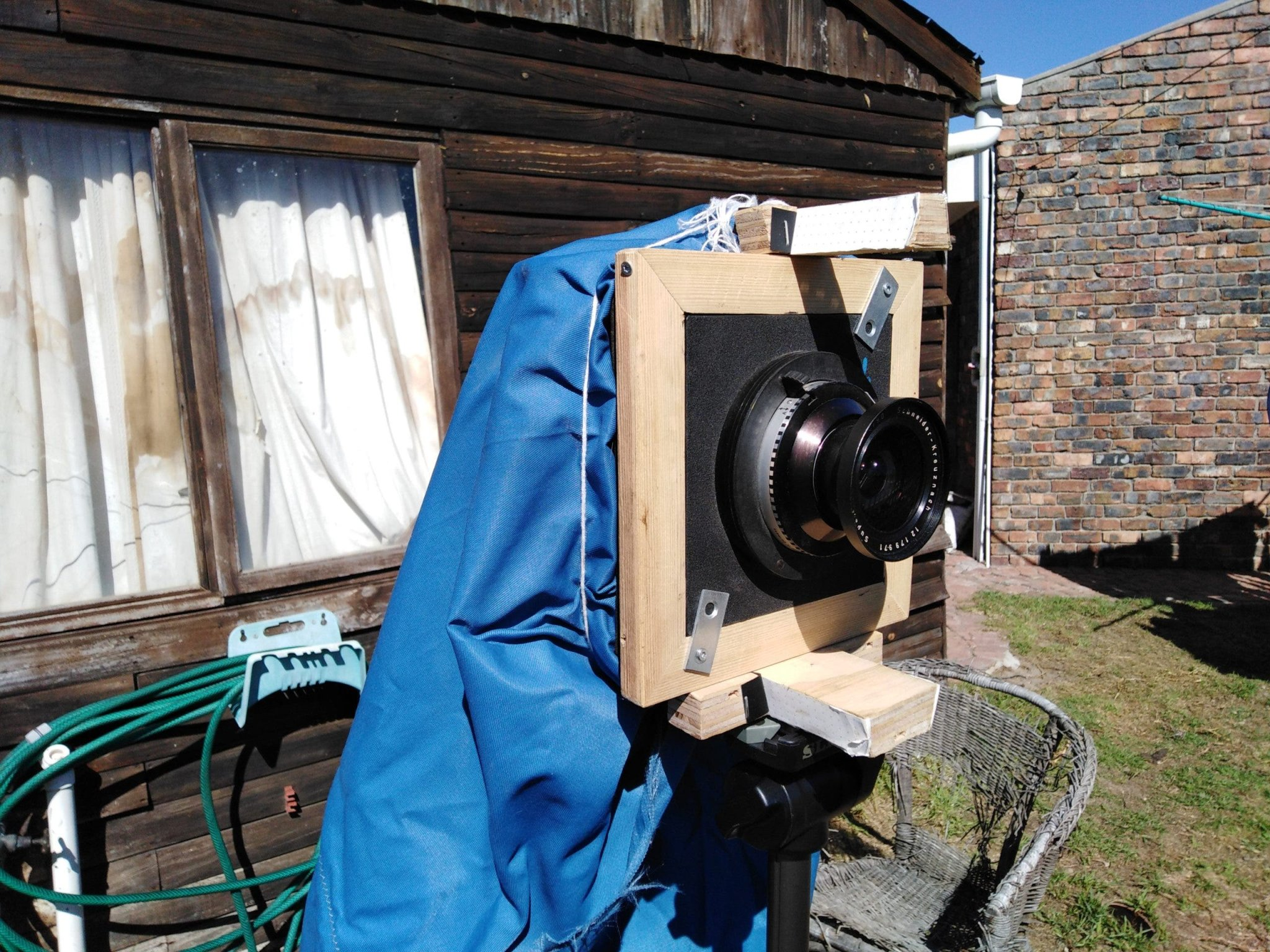 He Made His Own Large Format Camera and Old School Flash Powder