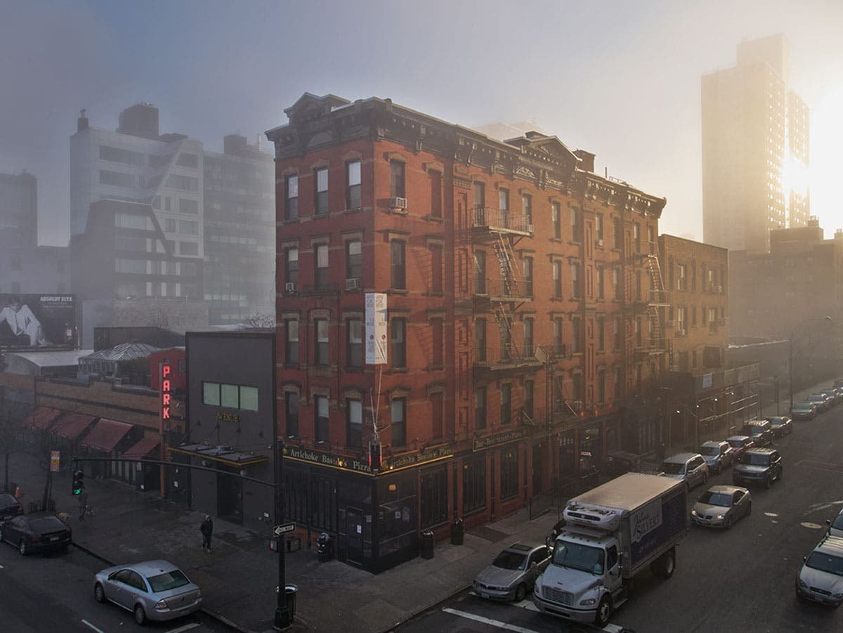 Darran Rees Shows a Dreamy Side of New York City Shrouded in Fog