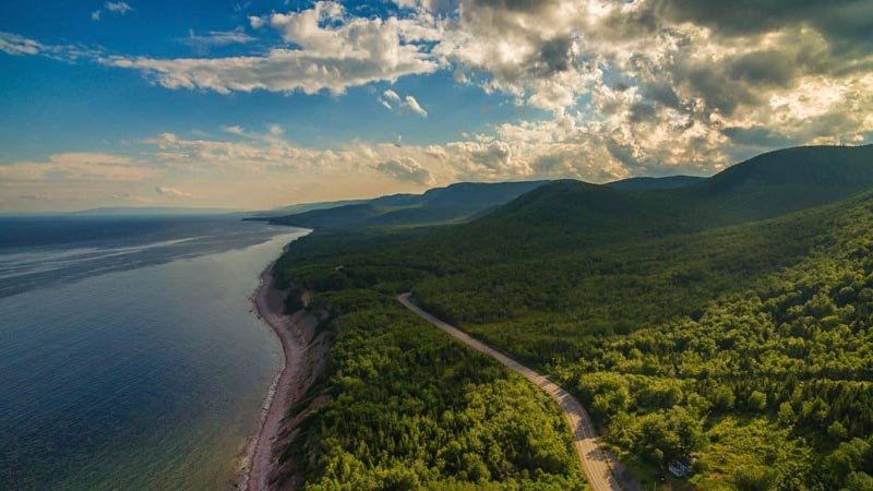 13 the Best Road Trips in Canada