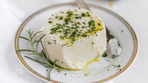 Vegan stracchino - Italian cheese spread | Italia Plant Based