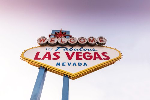 State officials issue warnings to avoid Las Vegas as COVID-19 cases surge - The Points Guy