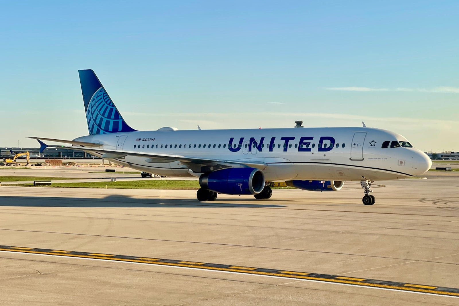 Vaccinated? You could win free United flights — in any cabin — for a year