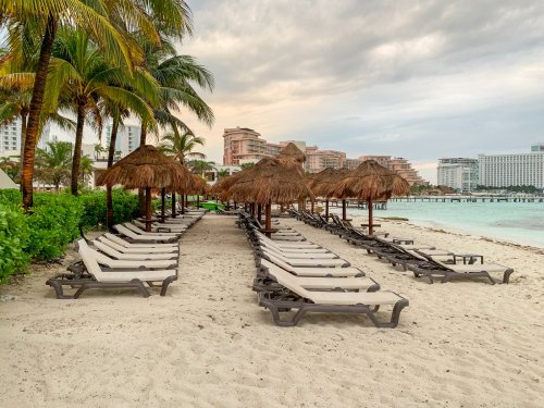 Mexico's 'stoplight system' explained: What a Cancun lockdown would mean for your trip