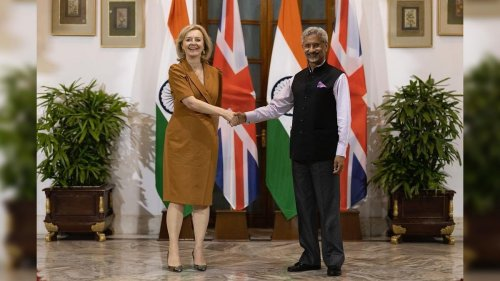 Jaishankar meets UK counterpart Liz Truss, stresses on infra tie-ups & defence cooperation