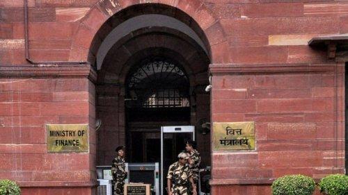 Modi govt clears empanelment of 27 IAS officers of 1990 batch for secretary-level posts