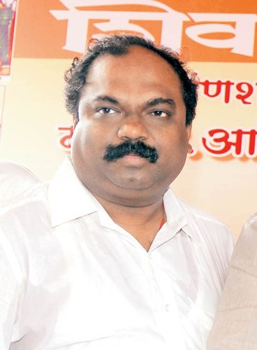 Third Uddhav minister in 'trouble', Anil Parab is CM's trusted aide & a Matoshree regular