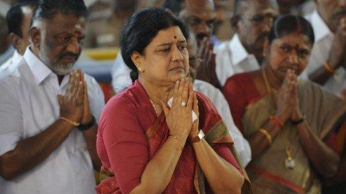 'Want Jayalalithaa regime back': Heart of crisis in AIADMK as Sasikala seeks to reclaim party