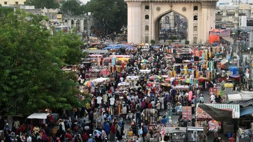Covid protocols up in the air in Hyderabad's Eid markets, vendors say need to earnCovid protocols up in the air in Hyderabad's Eid markets, vendors say need to earn