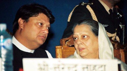 Money, jewellery gone from palace — Madhavrao Scindia didn't like Rajmata funding Jana Sangh