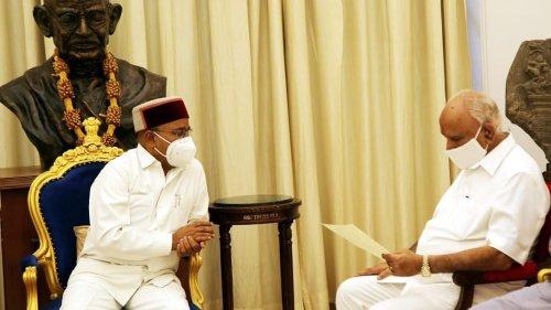 Karnataka CM Resigns: Crisis Brews in BJP as MLAs, Ministers Show Open Defiance