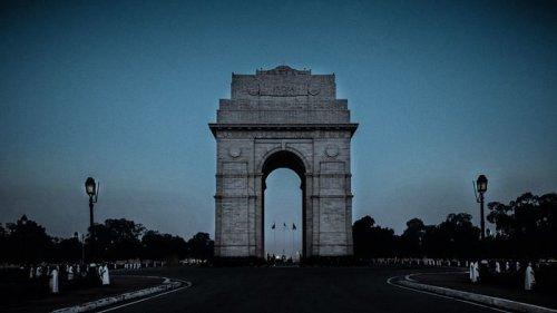 Lockdown in Delhi From 10 pm Tonight Till Monday 5 am: CM Kejriwal
