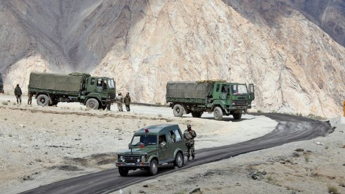 Chinese Erect Tents in Ladakh's Demchok Despite Being Asked to Go Back: Report