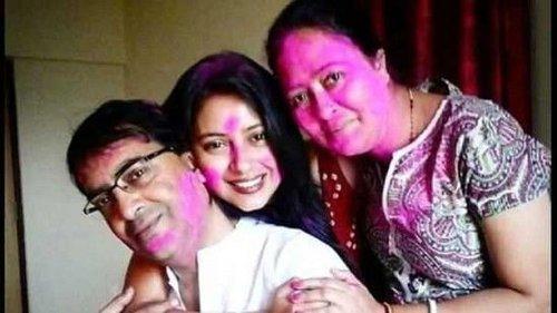 Forced to Live in Single Room: Pratyusha Banerjee's Parents on Financial Strain