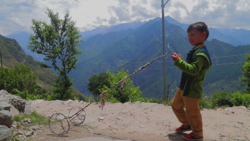 No Network, Distant ICUs: Tale of a COVID-Hit Uttarakhand Village