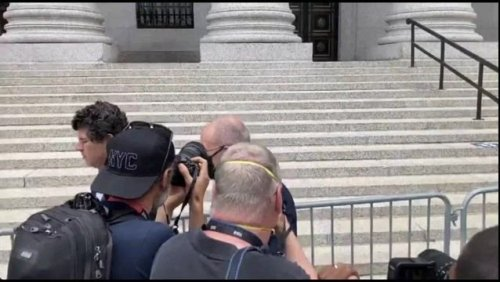 Michael Avenatti arrives at U.S. courthouse to be sentenced for trying to shake down Nike for more than $20 million.