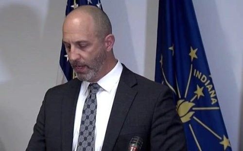 """FBI Indianapolis Special Agent in Charge Paul Keenan: """"Premature"""" to speculate on motive for FedEx facility shooting."""