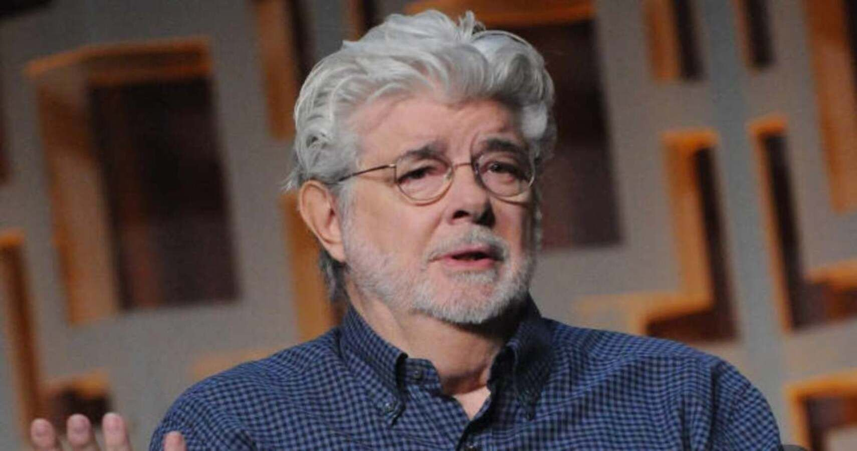 """Disney CEO Says George Lucas Felt """"Betrayed"""" By Plans For Star Wars Sequels"""